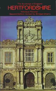 Hertfordshire by Pevsner, Nikolaus Sir