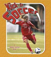 Kick It Soccer (Sports Starters) PDF