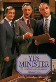 Yes minister by Jonathan Lynn