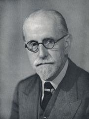Photo of Sir Stanley Unwin