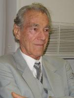 Photo of Enrique Cirules