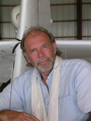 Photo of Richard Bach