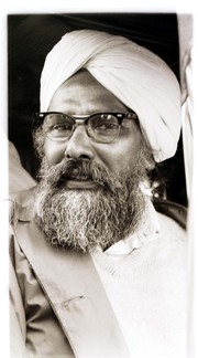 Photo of Harkishan Singh Surjeet