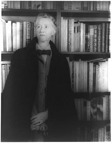 Photo of Marianne Moore