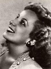 Luisa-María Linares