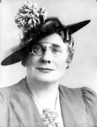 Photo of Henrietta C. Mears