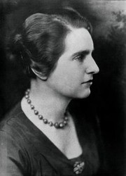 Photo of Anne Eliot