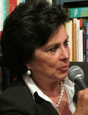 Photo of Laura Restrepo