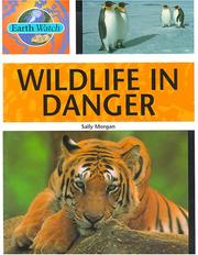Cover of: Wildlife in Danger (Earth Watch)