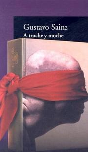 Cover of: A troche y moche