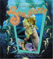 Cover of: The Life Cycle of a Sea Horse (The Life Cycle, 14)
