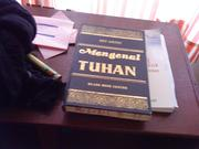 Cover of: Mengenal Tuhan by Bey Arifin