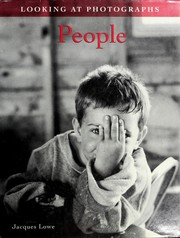 Cover of: Looking at Photographs:People (Looking at Photographs) | Jacques Lowe Visual Arts