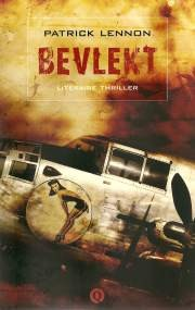 Cover of: Bevlekt by