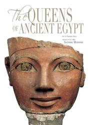 Cover of: The Queens of Ancient Egypt by Rosanna Pirelli